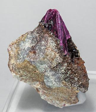 erythrite-ed86ab9fm