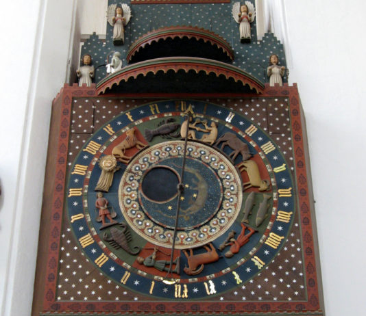 Τo astronomik;o roloi toy gdansk